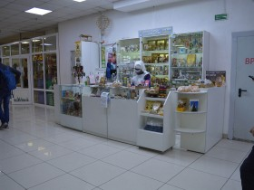 Лавка продукции Свято-Елисаветинсого монастыря на 0-м (цокольном) этаже