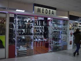 «MEDEA» - магазин женской обуви на 1 этаже в павильоне №34  Торгового Центра «Немига 3»