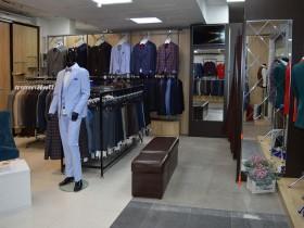 «Baggi Style» -магазин мужской одежды и аксессуаров на 3-м этаже